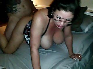 esposa caliente follada por un amigo