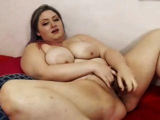 bbw puta penetrante vagina húmeda con gran juguete sexual en video solo
