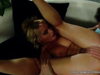 milf rubia prefiere la parte anal