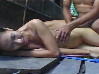 sexo caliente en la jungla