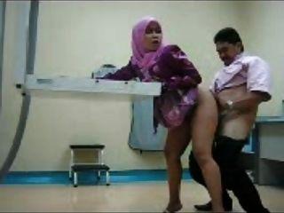 muslim musulmana en el trabajo 2