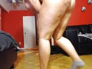 webcam chica sacudiendo su culo