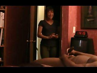 cogido masturbándose por sexy milf