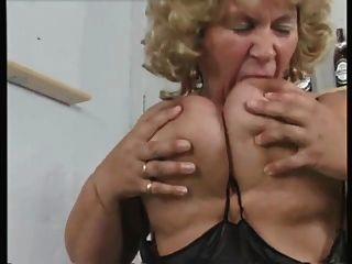 abuelita bbw juega con phat coño