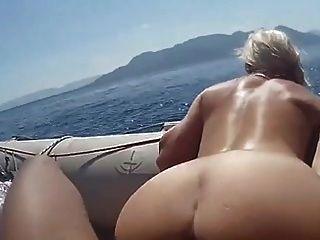 no madre e hijo consiguen un bote