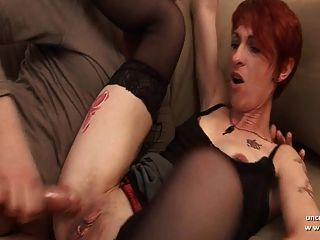 amateur ama de casa pelirroja francesa sodomizada con culo en la boca