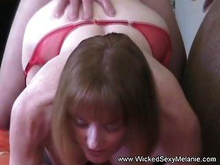 hijo pone chorreo de leche dentro de mami