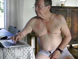 grandpa cum en la cam