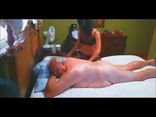 escolta vip masaje y mamada al anciano