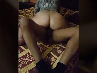 esposa brasileña monta marido amigo dick