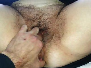maryvonne et sa belle grosse chatte poilue