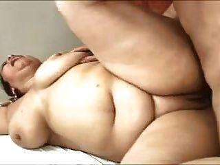 gran culo latina madura anal follada