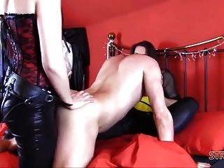 hard double dom spitroast joder anal con grandes pollas strapon