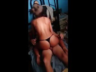 latina esposa compartida con amiga