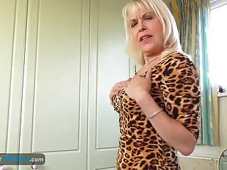 europemature lady sextasy mostrando cuerpo caliente
