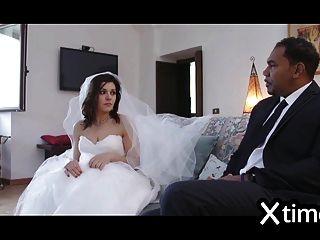 esposa italiana infiel folla con un hombre negro