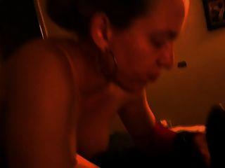 cornudo esposa de la boca llena de esperma negro