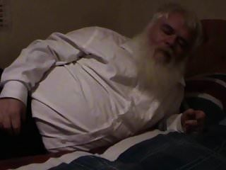 viejo gordo masturba
