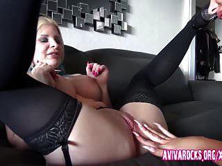 aviva rocks and ihre deutsche freundin mit den riesen titten