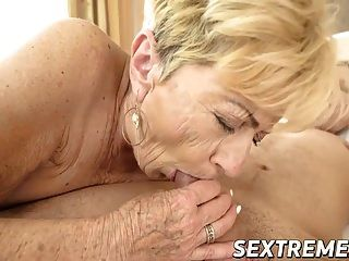 robo semental caliente destruye cachonda abuelita maylas viejo y peludo coño