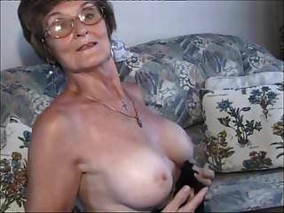 muy muy agradable señora mayor.wmv