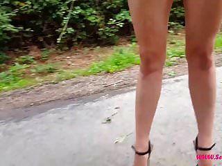 caminando en tacones extremos