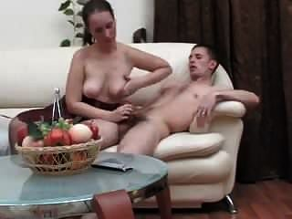 mujer madura seducir chico para tener sexo