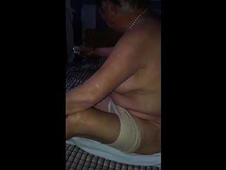 abuelita china desnuda