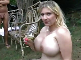 mear bebiendo puta!