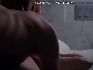 louisa krause escena lésbica desnuda en scandalplanetcom