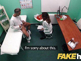 hospital falso doble ayuda de semen para sexy estudiante español