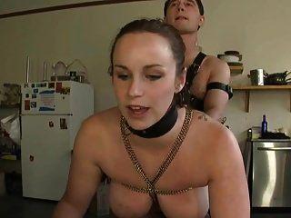 dos esclavos en la cocina
