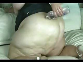 super sexy bbw pera perforada por una máquina de mierda