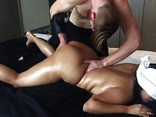 20 años asiático aficionado gf choked chorros gran culo verdadero masaje!