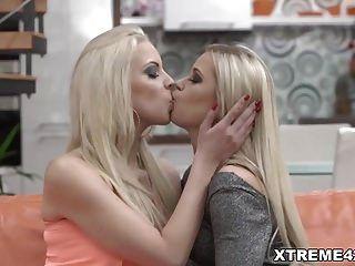 lesbianas rubias aman el fisting sexo dido angel y julia park