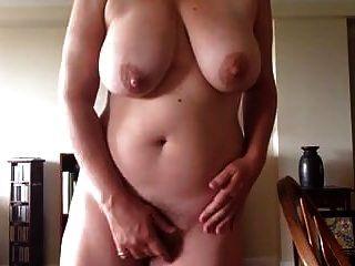 pervertido tetona madura masturbate 4