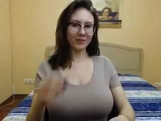 estirar esa camisa amalia
