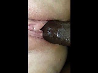 semental negro penetrando una muñeca cachonda closeup
