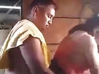 nepali suegro puta nuera en lavandería