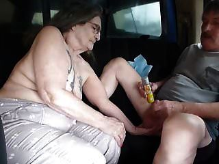 Soy gis puta que tomó zumbido en el asiento trasero del camión a Jac lo fuera
