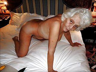 Mujeres encantadoras con pelo gris 2