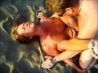 playa desnuda mff trío