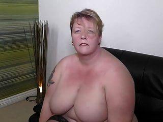 Mamá grande y madura quiere tu polla