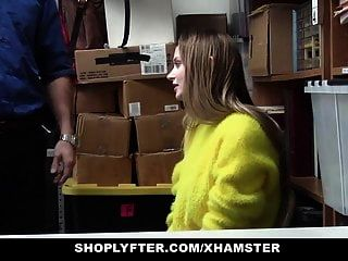 shoplyfter lp oficial folla tetona rubia adolescente