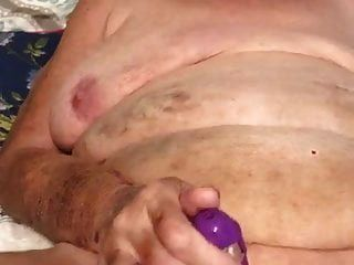 Granny amateur real atrapado en el teléfono celular