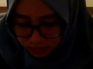 hijab girls solo masturbation (mi sobrina)