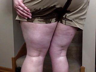 Comando orinando en mis pantalones cortos