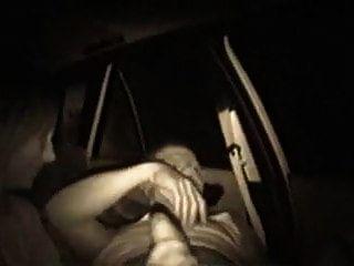vieja follada italiana en un carro