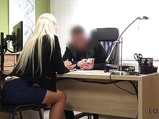 préstamo4k. buen modelo en lencería acepta sexo por dinero en efectivo en préstamo