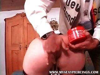 mis sexy piercings esclavo maduro con coño perforado pesado